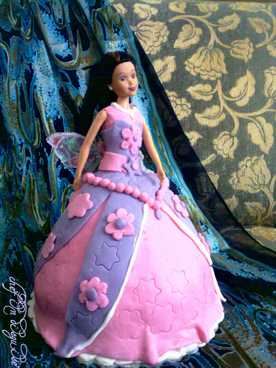 Princess Cake Tutorial Part 2 Decorating The Cake Chef In Disguise