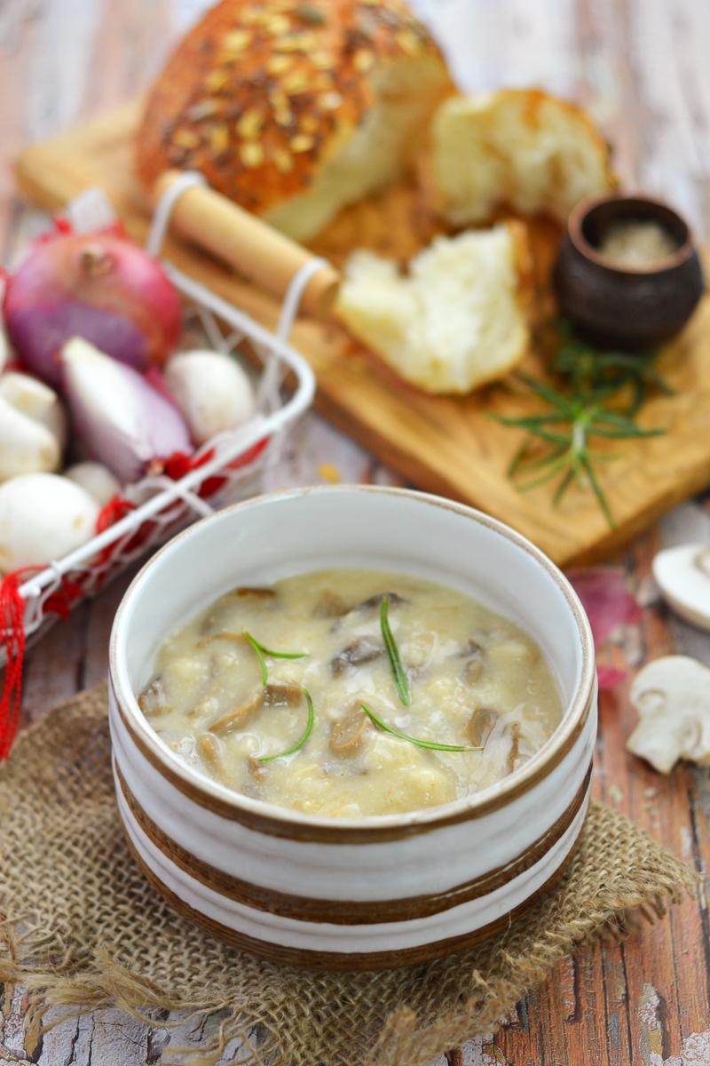 Oatmeal mushroom soup