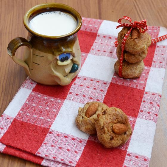persian date and cinnamon cookies
