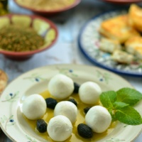How to make Labneh (yogurt cheese) at home
