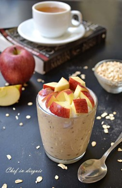 Chef in disguise:apple refrigerator oatmeal in a jar