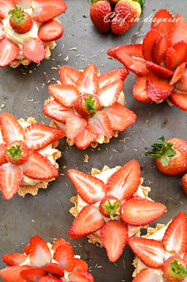 knafe strawberry tarts