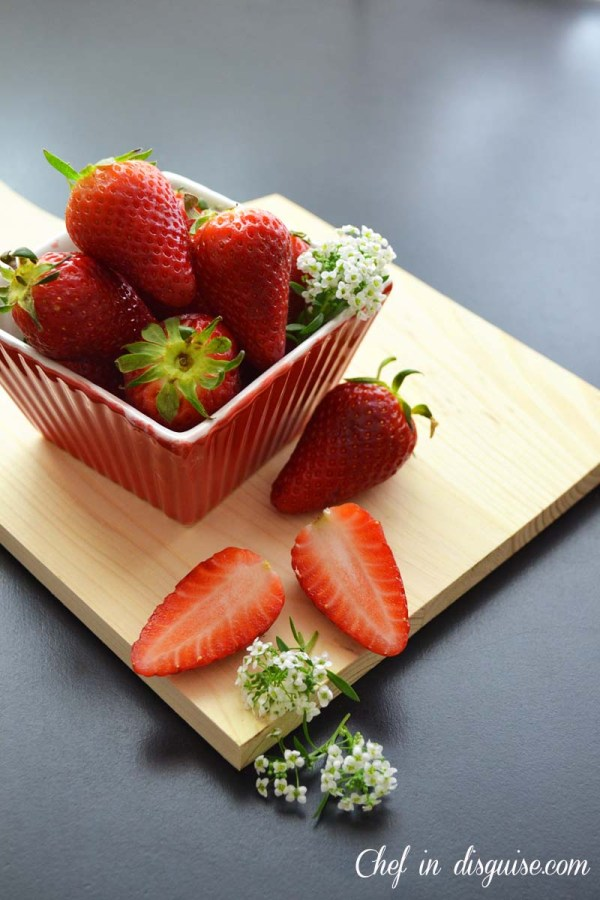 Strawberries raw