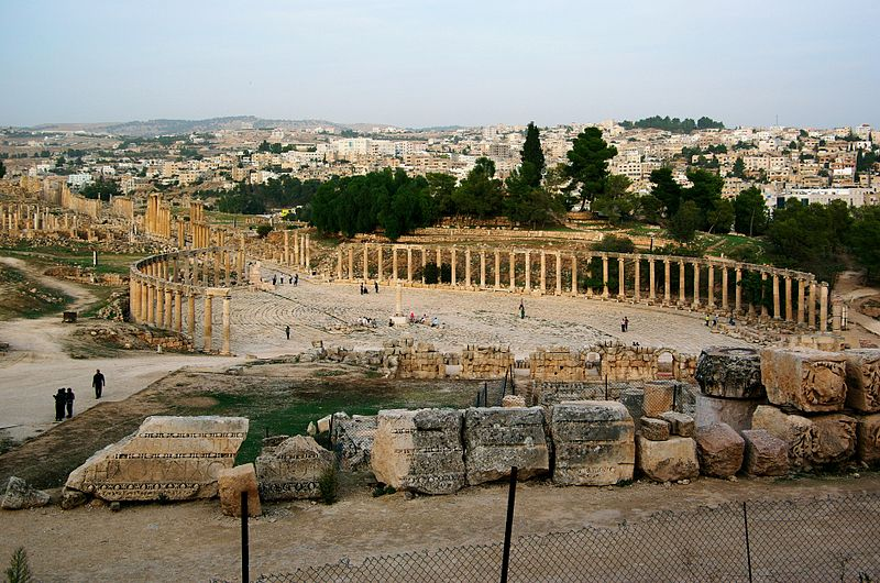 Picture source https://en.wikipedia.org/wiki/File:Jerash_BW_12.JPG
