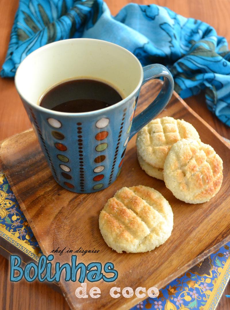 bolinhas (Indian coconut semolina  cookies)