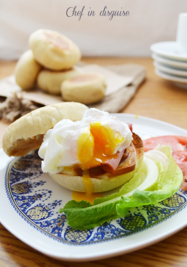 Poached egg with english muffins