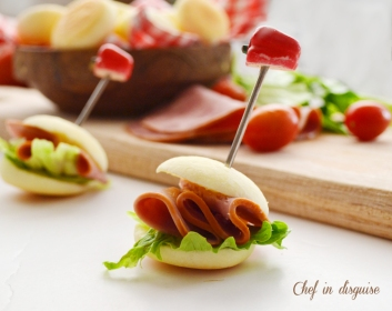 mini sandwiches with cheese bread