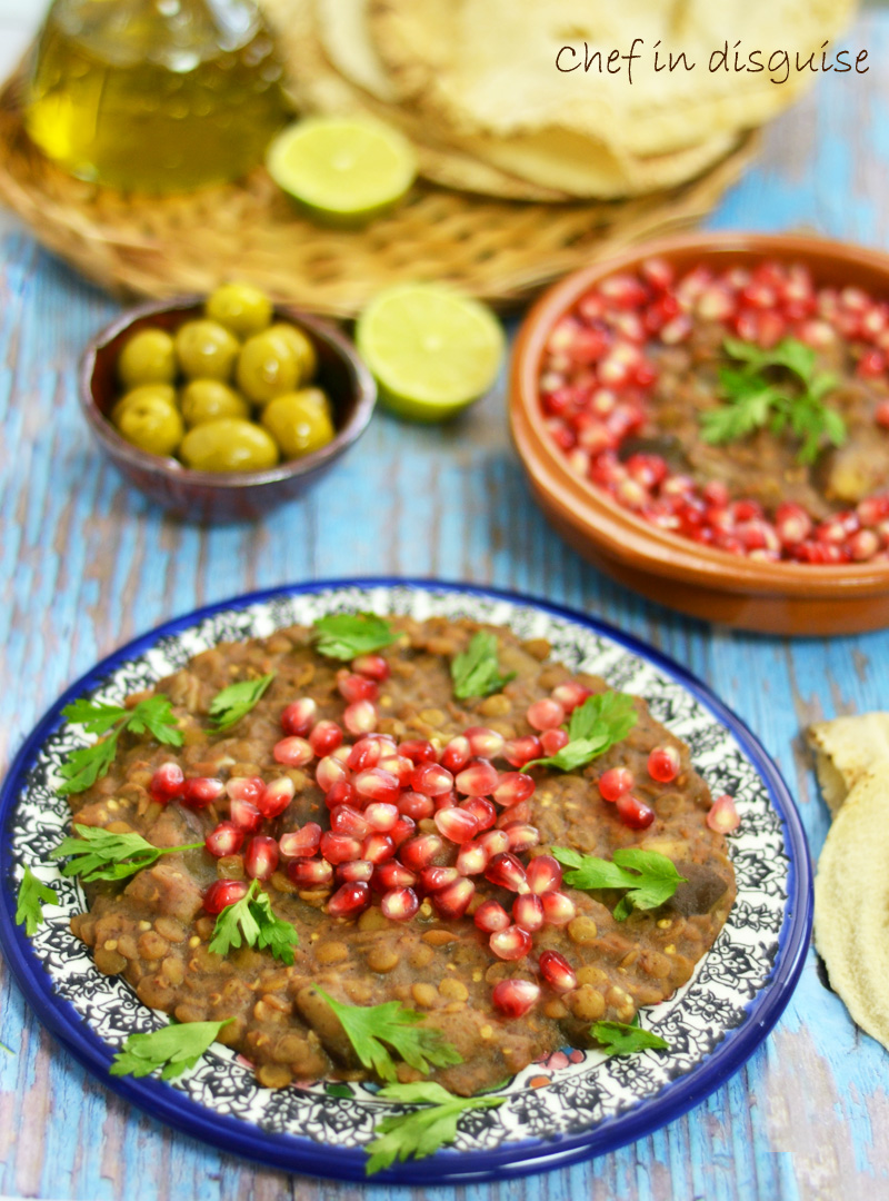 romanieh (Eggplant and lentils cooked in pomegranate sauce)