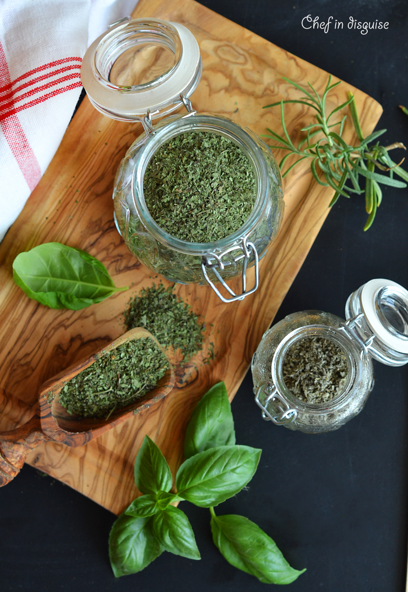 How to dry herbs at home