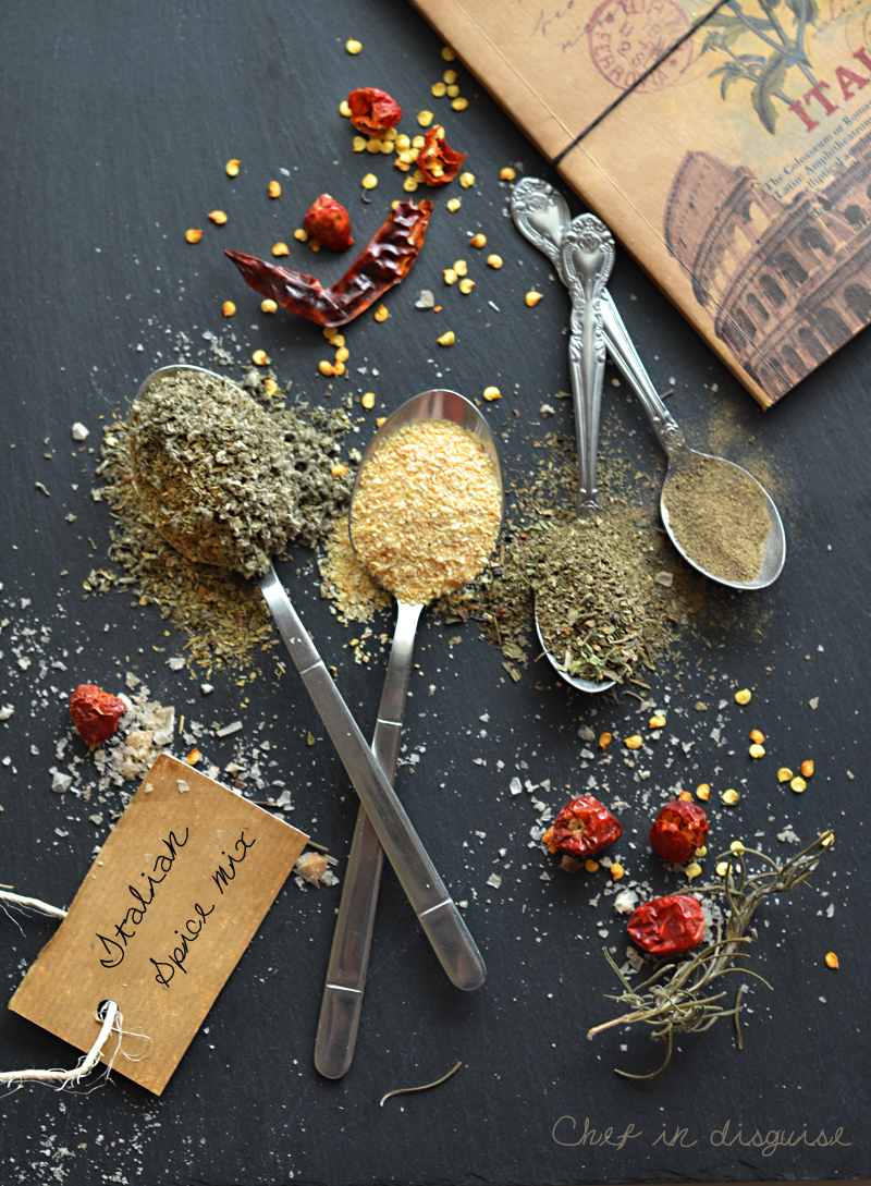 homemade Italian seasoning, why buy it when you can make it?!