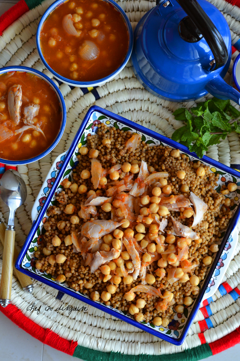 Maftoul with chickpeas and chicken