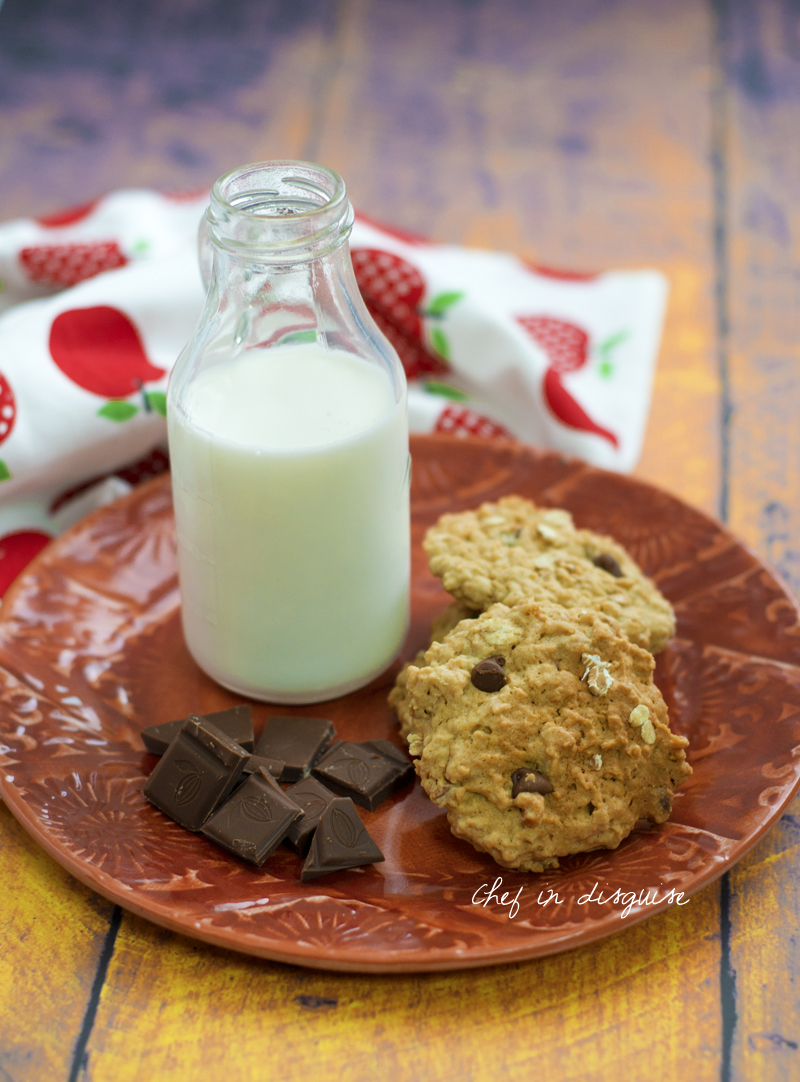 Chocolate chip oatmeal cookies.jpg