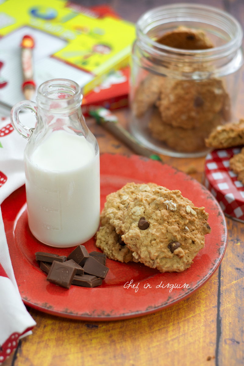 peanut butter oatmeal cookies with chocolate chips.jpg