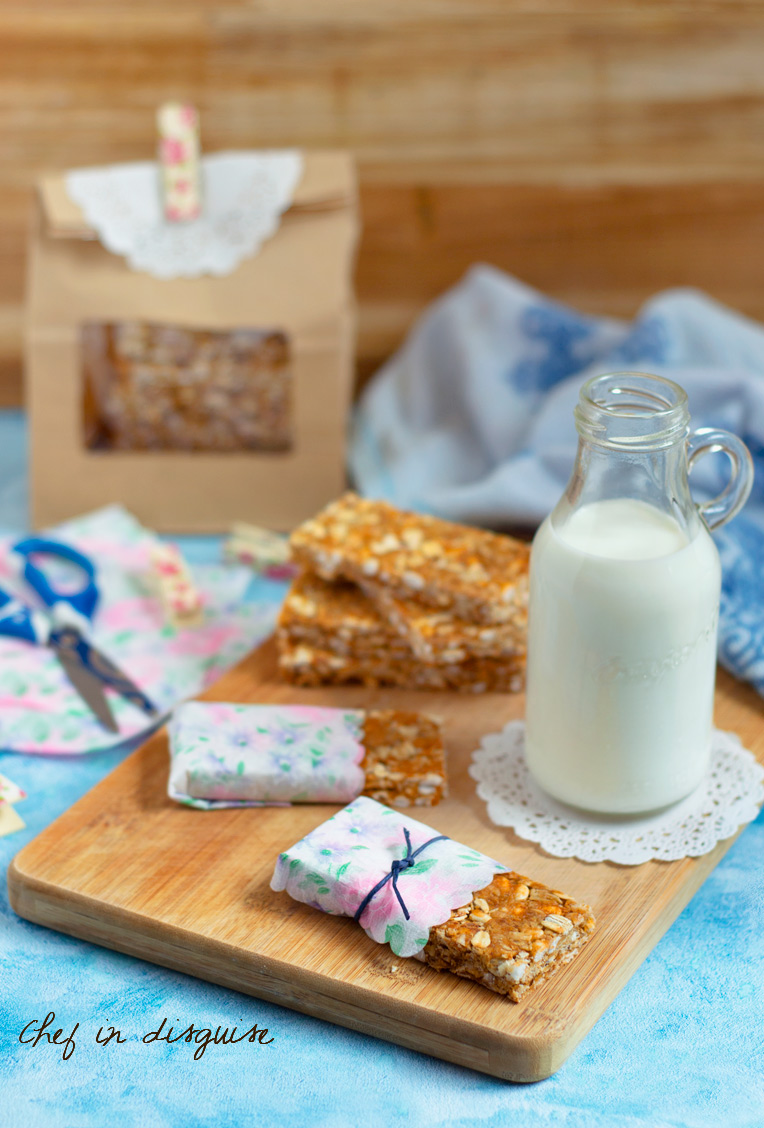 Homemade Nature valley honey and oat bars