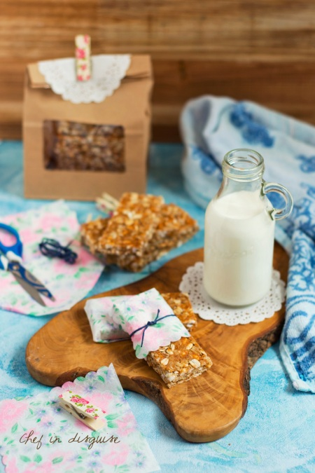 Honey and oat copycat nature valley bars