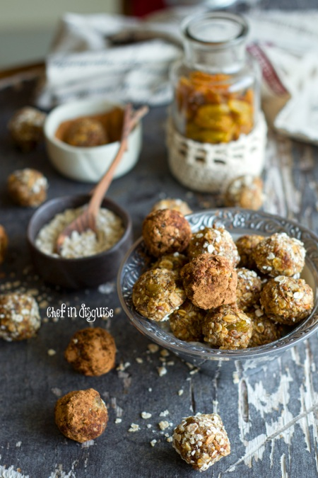Oatmeal raisin no bake energy bites