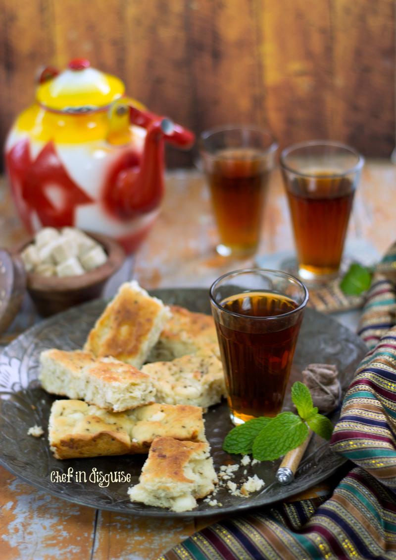 Palestinian-ftoot-bread.jpg