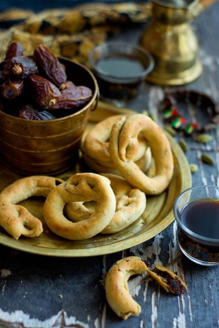 palestinian-date-cookies