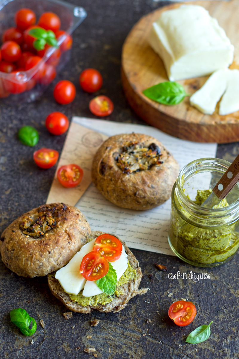 black-olive-bialy