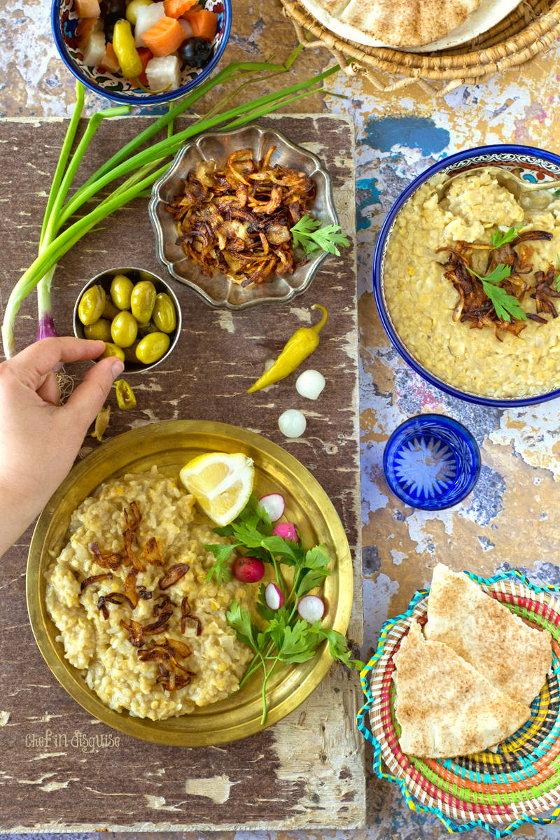 Palestinian lentil and rice mesalwaa