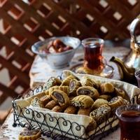 Makrouta (Palestinain pinwheel date cookies)