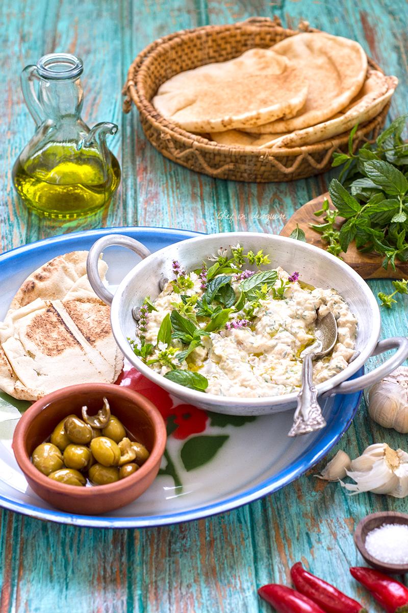 Mutawam kusa (Palestinian grilled zucchini dip